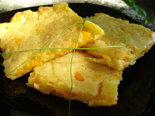 Pumpkin flat bread by Laka kuharica: it is thin, simple, light and tasty.