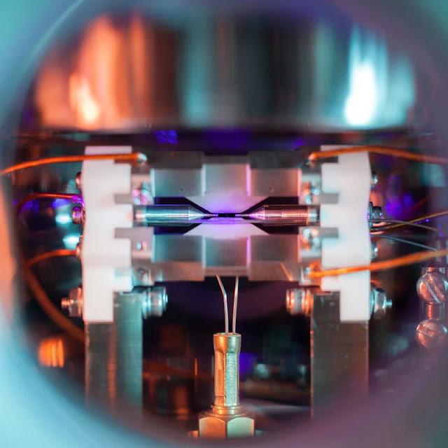 Immagine vincitrice di un concorso scientifico ci mostra come è fatto un Atomo