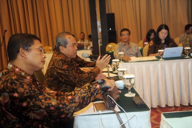 Plt Sekda Sumsel Pimpin Rapat Pleno TPAKD
