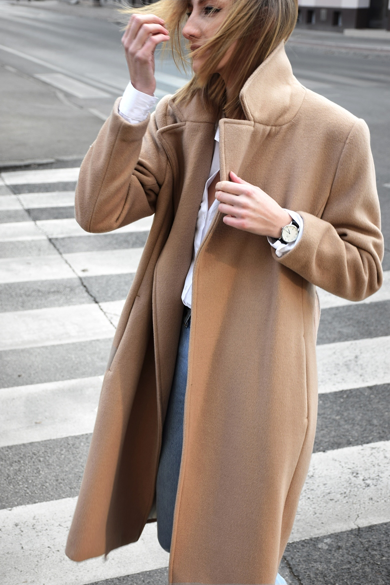 camel coat, daniel wellington watch, minimal outfit, basic clothing