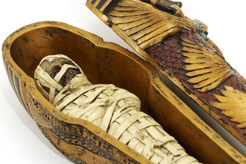 Ditemukan 30 Peti Mati Kuno Berisi Mumi di Mesir