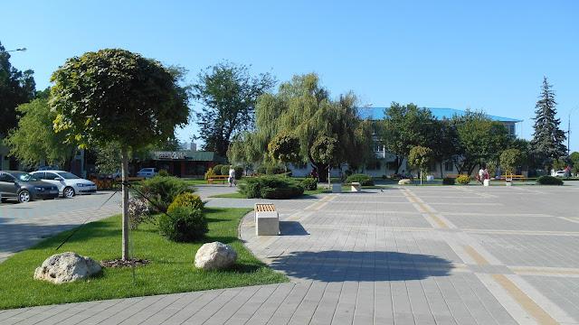 прирыночная площадь