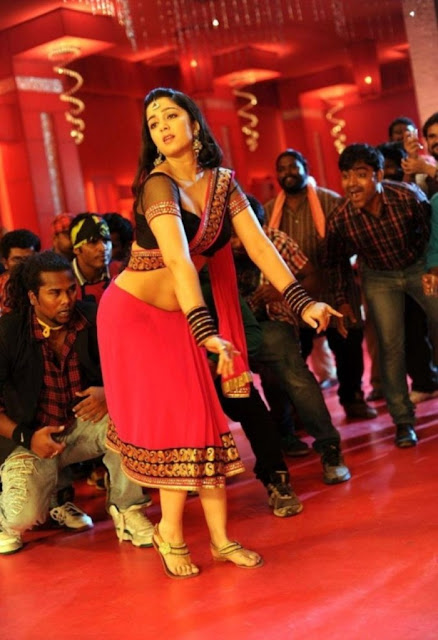 charmi-hot-photos-damarukam-sakkubai-song