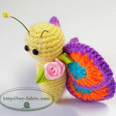 Бабочка крючком брелок подвеска