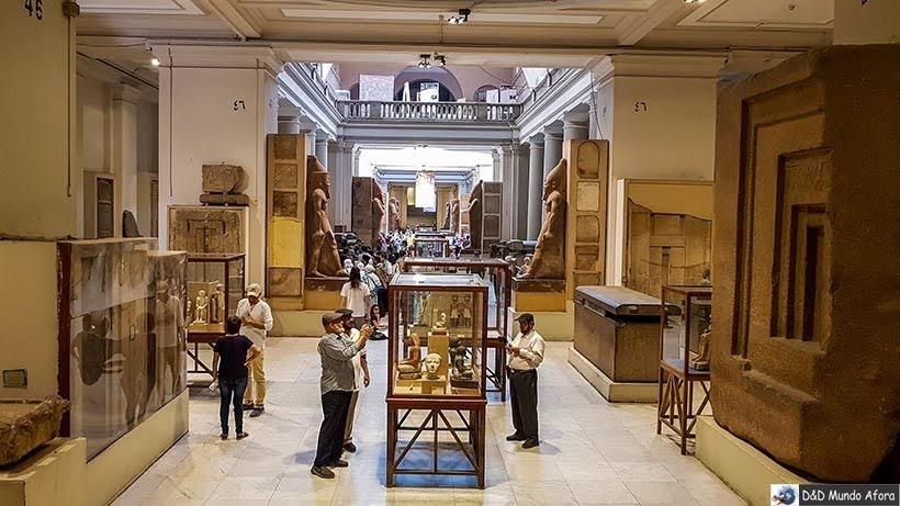 Mais objetos em exposição no Museu do Cairo, Egito