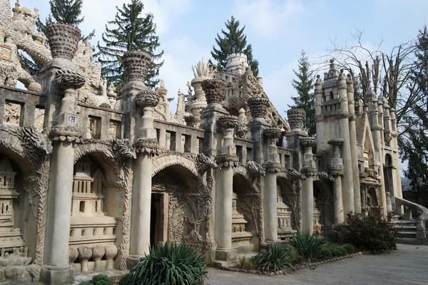 drôme hauterives palais idéal facteur cheval façade ouest