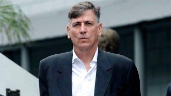 Procesan a exjefe policial de Buenos Aires por corrupción