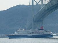 日本丸は明日、10:00神戸港を九州に向けて出航という。