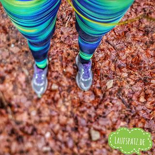 Laufen Silvesterlauf Winter Laub Schuhe Hose