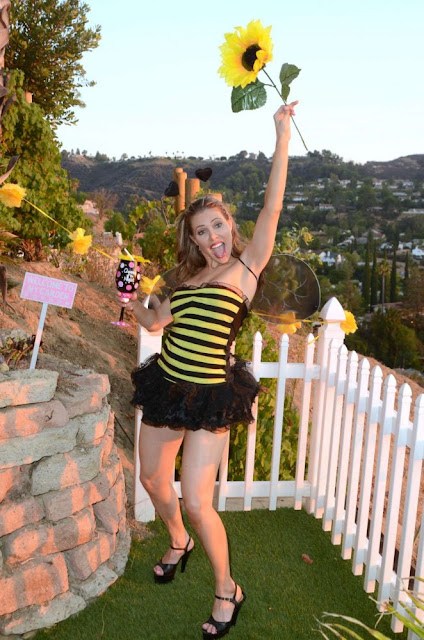 Erika Jordan – Busy Bee Gets To Party Labor Day in Los Angeles
