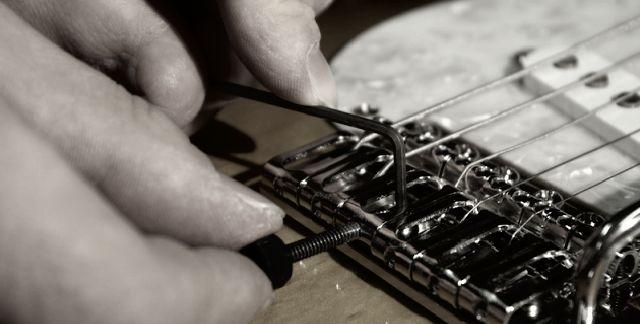 ajustes-entonacao-guitarra-contrabaixo