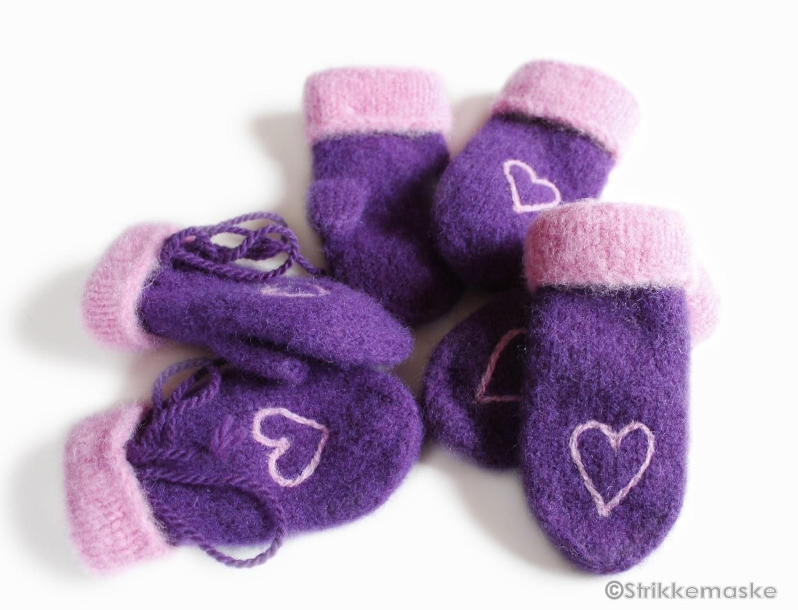 Tova barnevotter med nålefiltet hjerte strikket i fritidsgarn