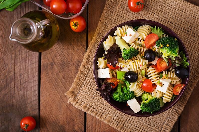 Dünya mutfaklarının farklı salataları