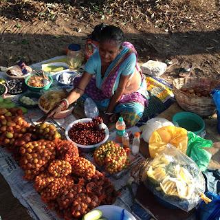 Venditrice di frutta a Miramar