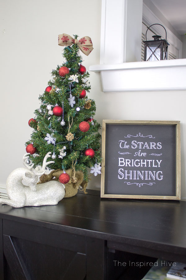 Decorating ideas for a classic Christmas farmhouse style dining room.