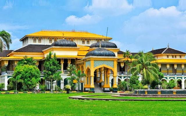 Istana Maimun Kesultanan Deli - Kota Medan Sumatera Utara