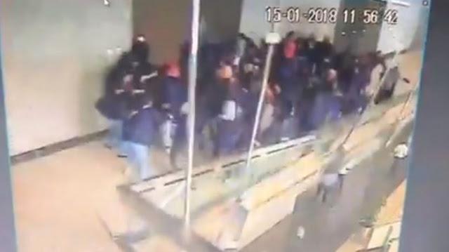Ini Rekaman CCTV Detik-detik Runtuhnya Gedung Bursa Efek Indonesia
