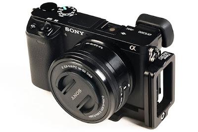 Hejnar Photo SA6300 modular L bracket on Sony a6300 ILC camera