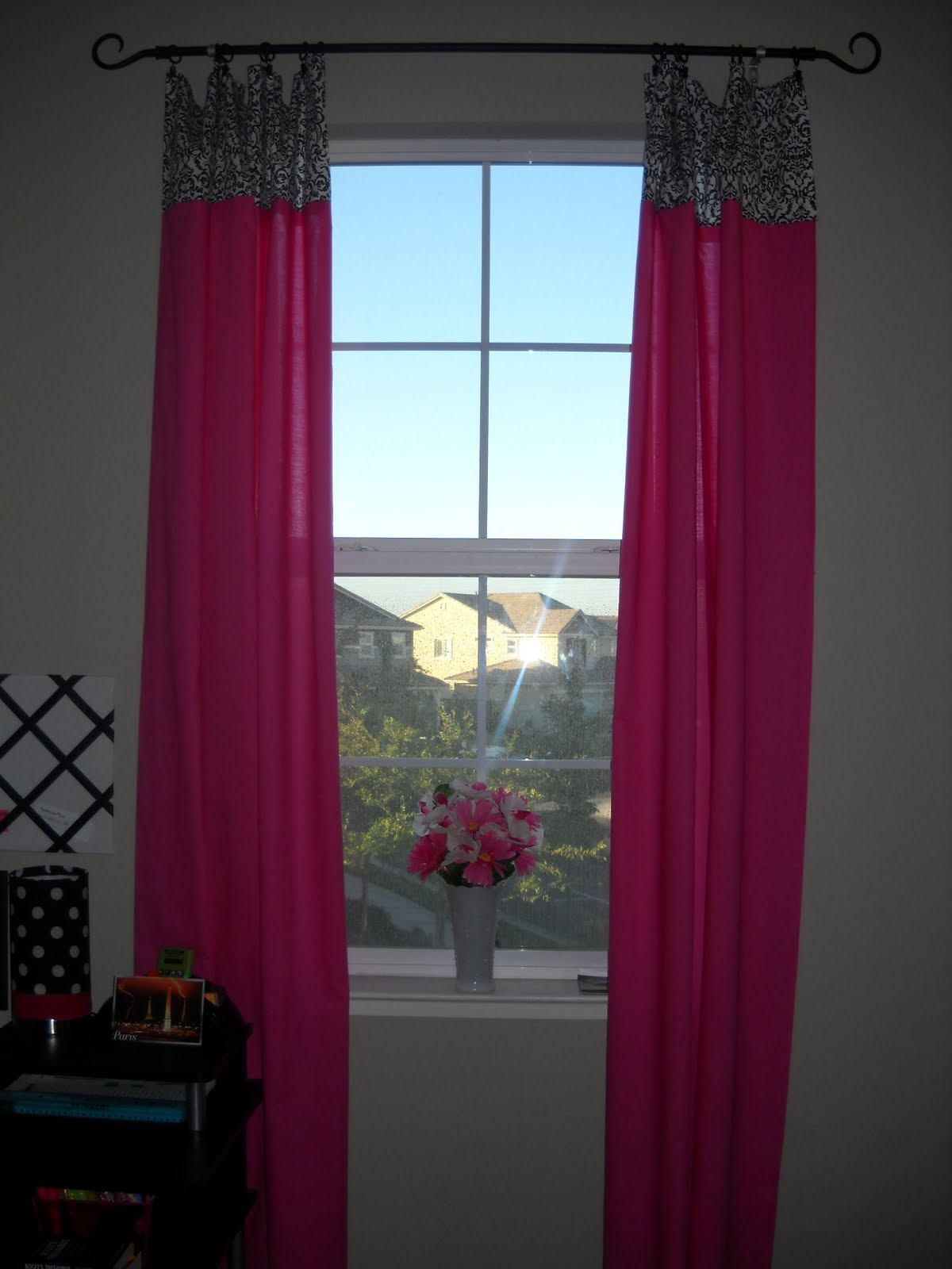 so i saw this tutorial teen room redo part 3 easy inexpensive curtains. Black Bedroom Furniture Sets. Home Design Ideas