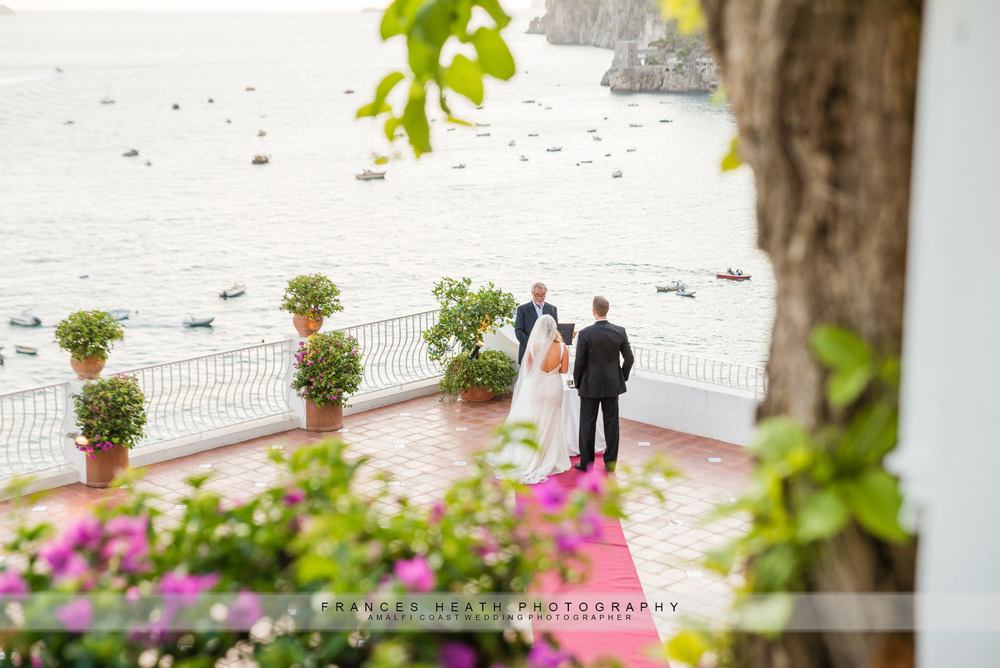 Elopement wedding ceremony hotel Marincanto