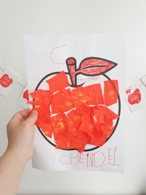 pomme en papier crépon