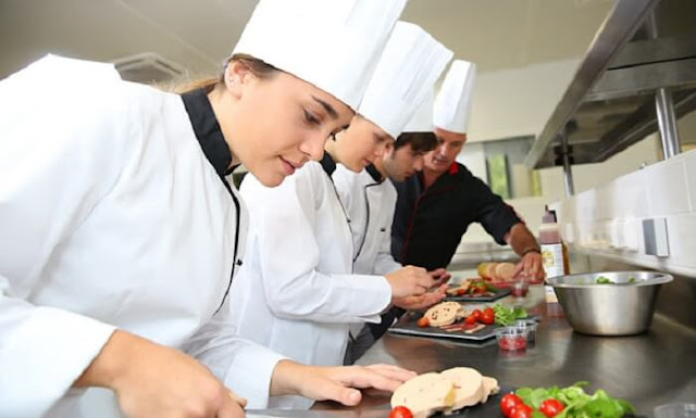Tuyển đầu bếp có kinh nghiệm SACN tại TP HCM