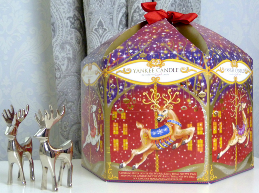 an image of Yankee Candle Carousel Advent Calendar 2015