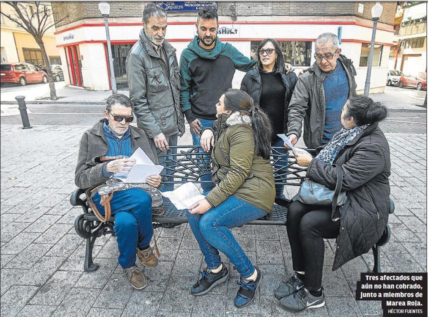 Personas afectadas junta o personas del colectivo Marea Roja de Alicante