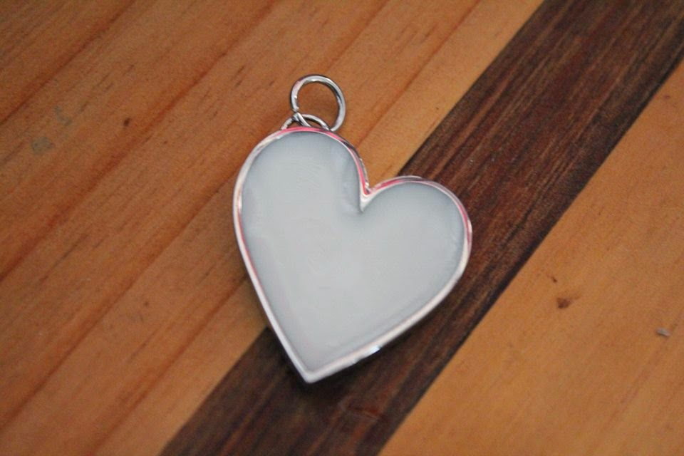 Silver Heart Bezel Breastmilk Gem by Baby Bee Hummingbirds