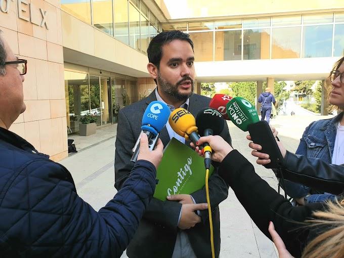 David Caballero pide el compromiso de todos los partidos para apoyar el Encuentro Nacional de Cofradías