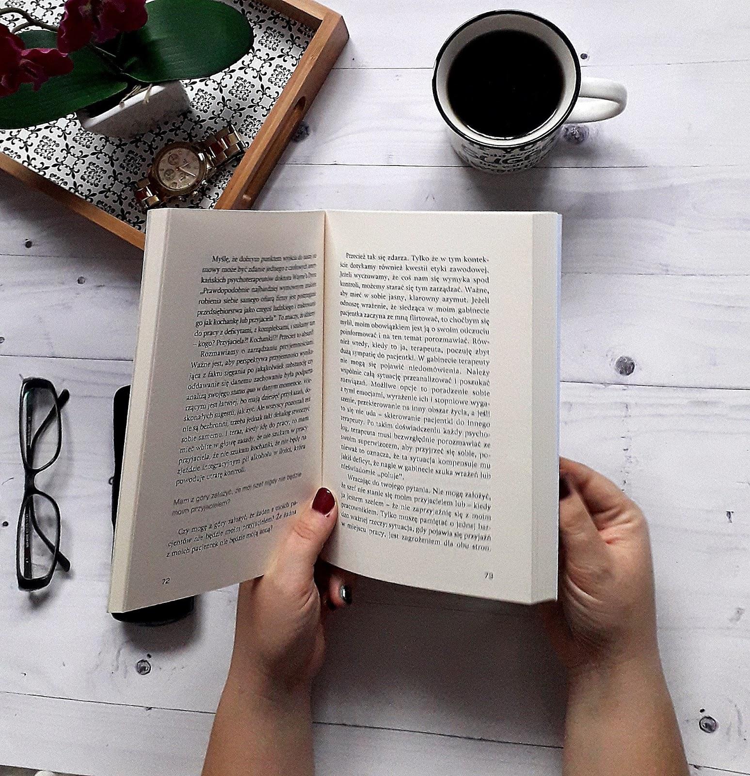 Podsumowanie czytelincze 2017 - książkowe hity i kity zeszłego roku oraz projekt #wyzwanienaczytanie
