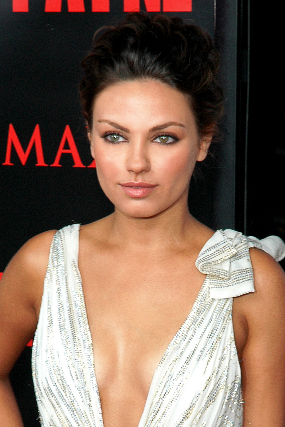 mila kunis life style fashion and styles. Black Bedroom Furniture Sets. Home Design Ideas