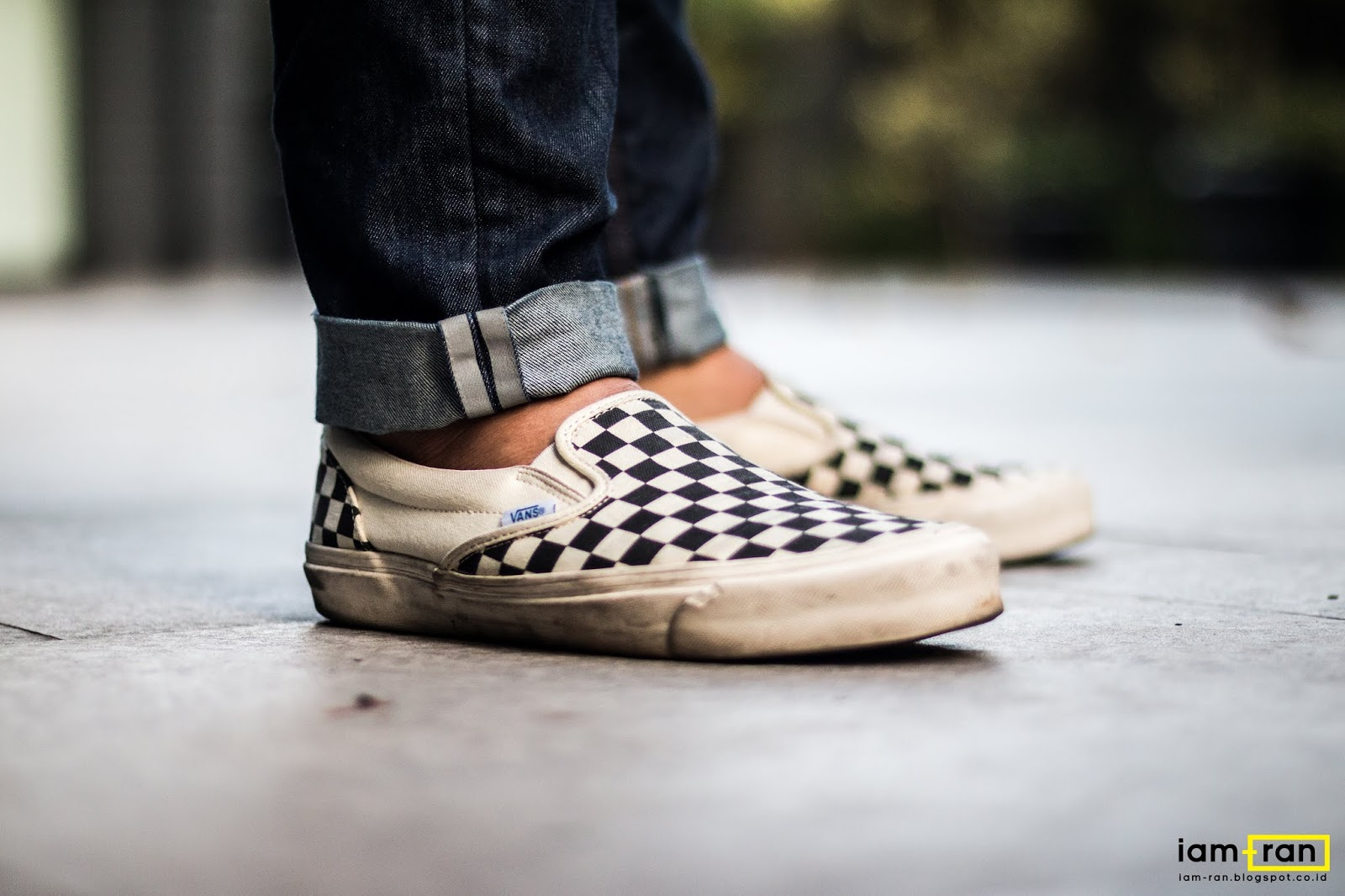 59af9da8f117d9 IAM-RAN  ON FEET   Ryan - Vans Slip on Vault OG Checkerboard