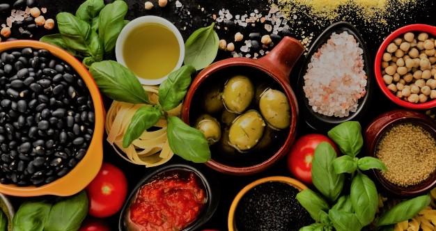 Nosotros ofrecemos también clases de cocina personalizada para ti, puede ser en nuestra academia o en tu casa.