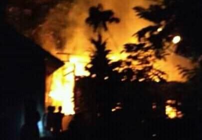 rumah di baros kebakaran