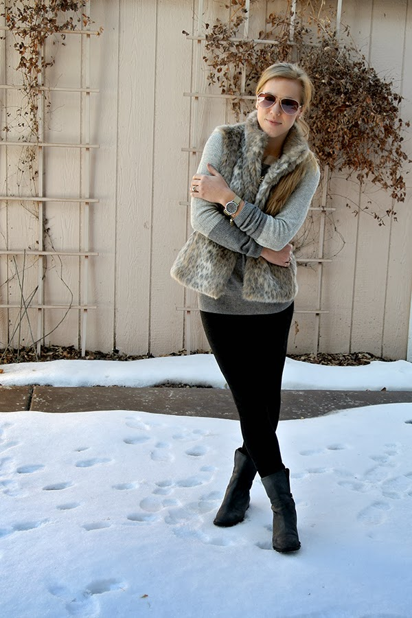 fd104edd8f42 leopard faux fur vest: 2 ways. faux fur vest (on sale): Banana Republic //  sweater: J.Crew Factory // pants: J.Crew // shoes: J.Crew