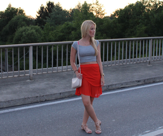 TheBlondeLion Look Tomatored skirt Triple Bag Zara Mango