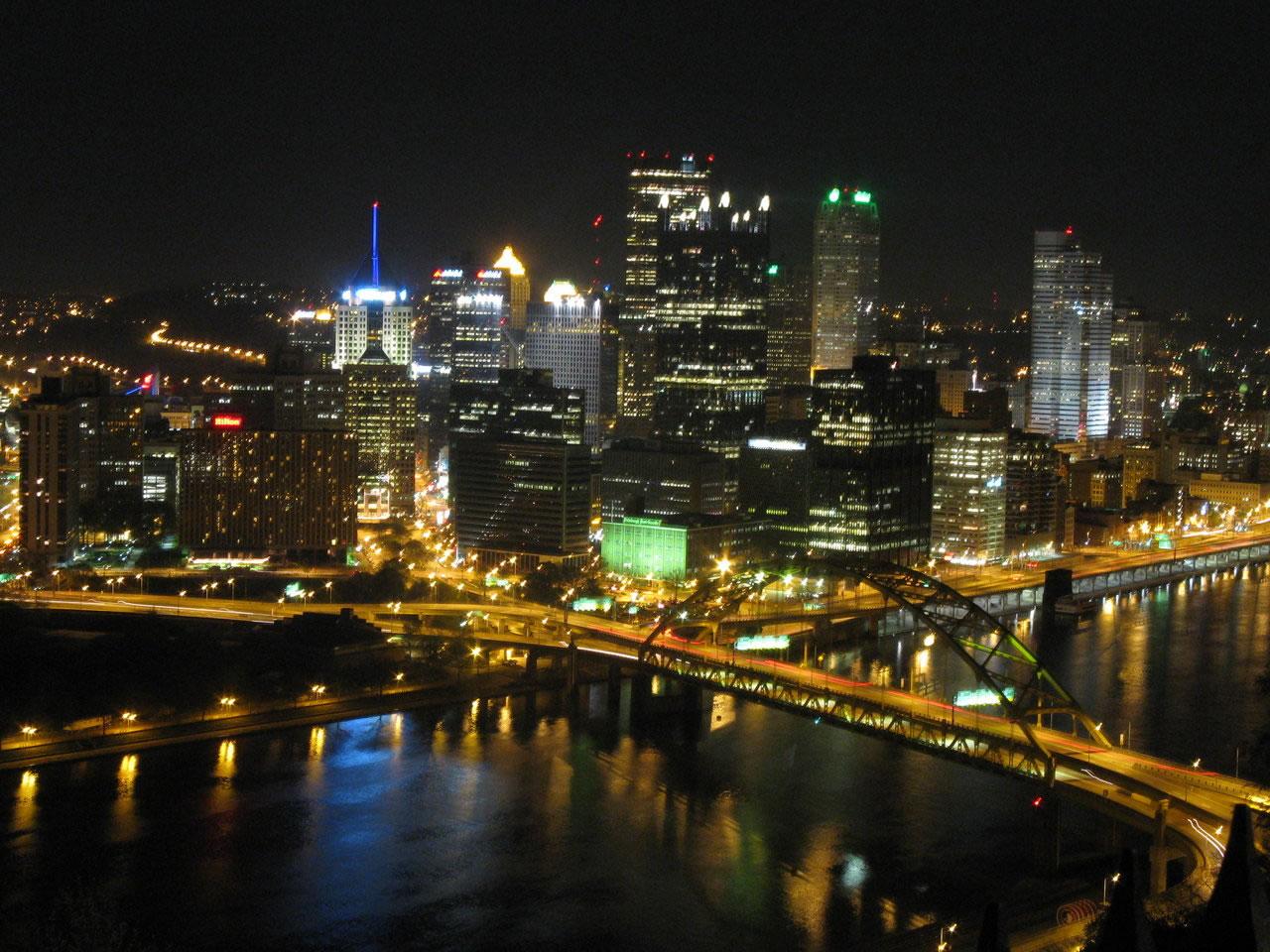 Urban Area At Night Pittsburgh | Ci...