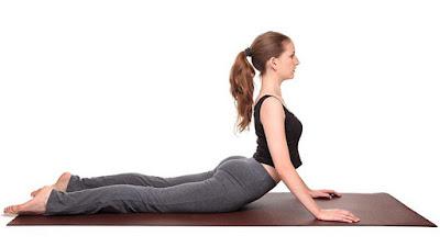 5 động tác Yoga đơn giản buổi sáng cho ngày dài năng động