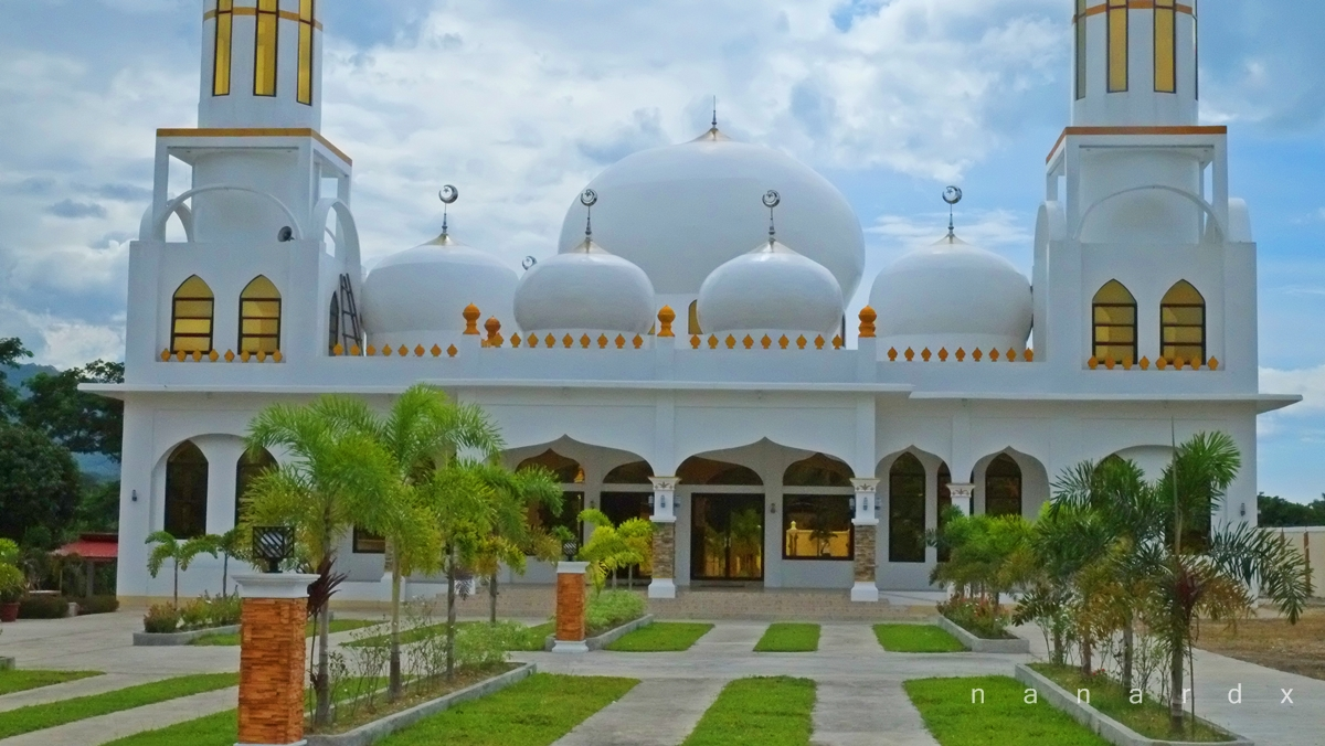 Masjid Al-Nasser Abpi, the White Mosque in Maguindanao
