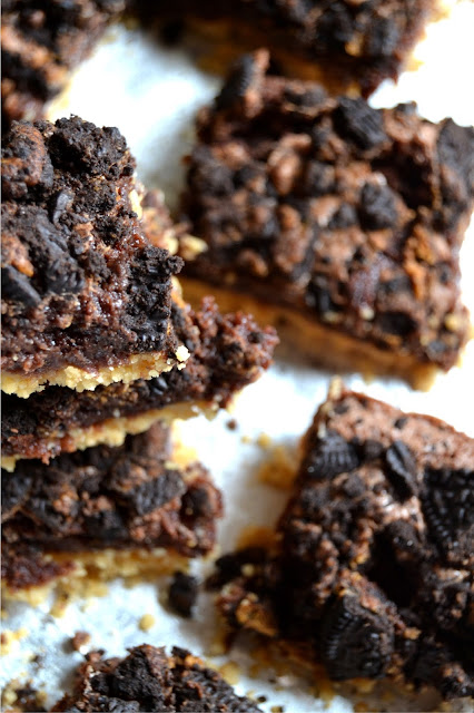 Golden Oreo Crusted Peanut Butter Oreo Brownies