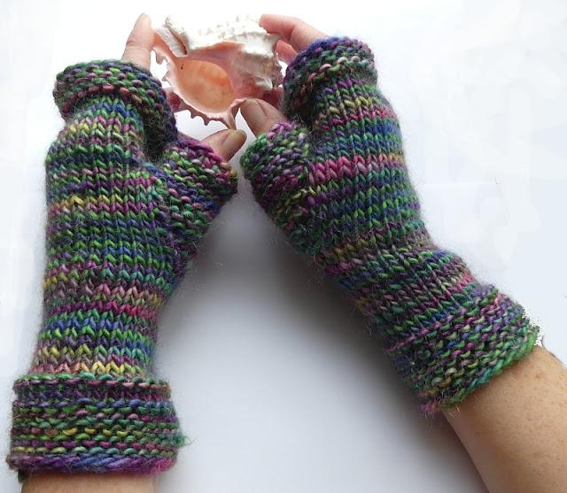 Knit Fingerless Gloves by Minaz Jantz