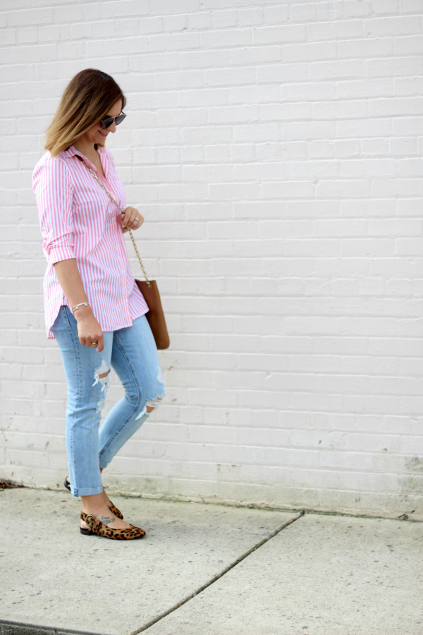 leopard flats, the best distressed denim, old navy jeans, how to pattern mix, north carolina blogger