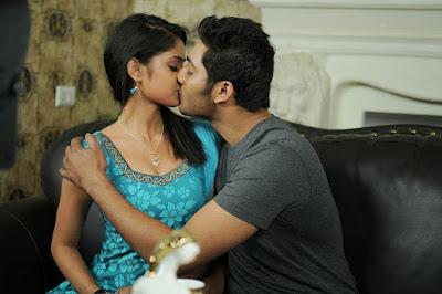 Nikitha pawar hot photos in Dollars