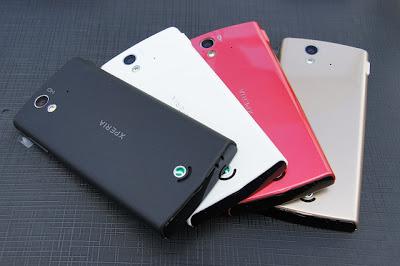 harga xperia ray baru dan bekas, spesifikasi lengkap hape sony xperia ray terbaru, handphone android bodi tipis, ponsel android kamera 8MP 2 jutaan