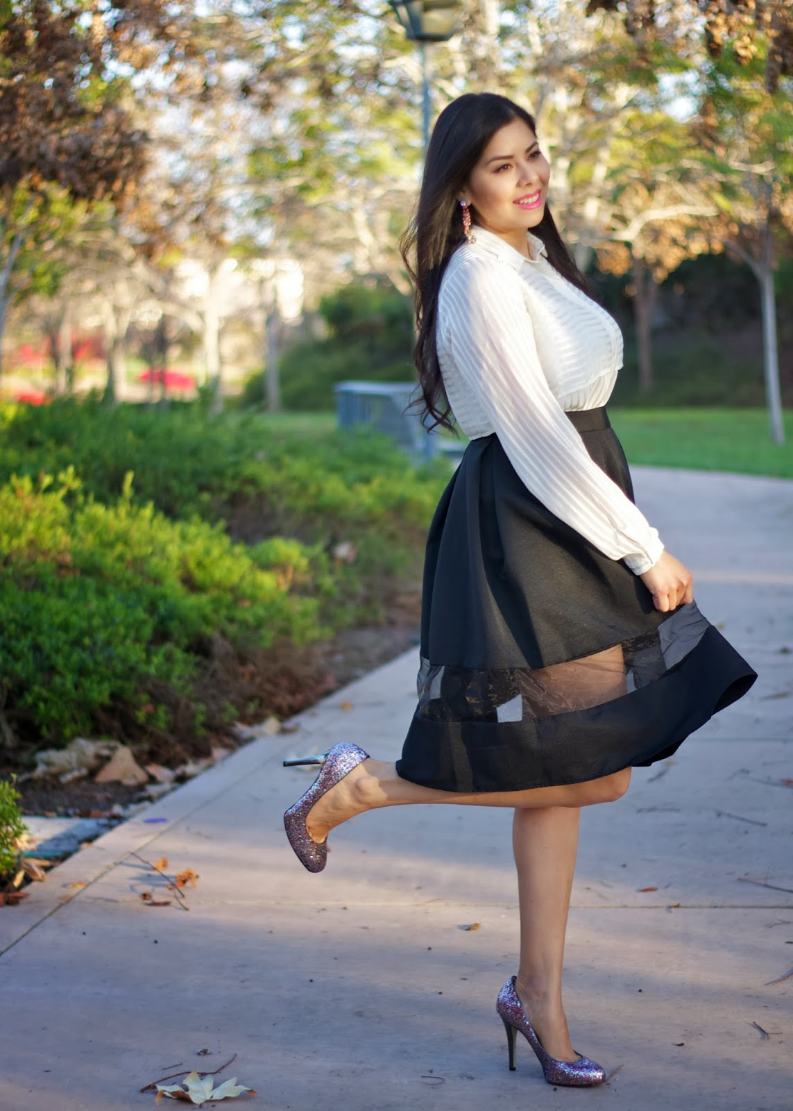 How to wear a full midi skirt