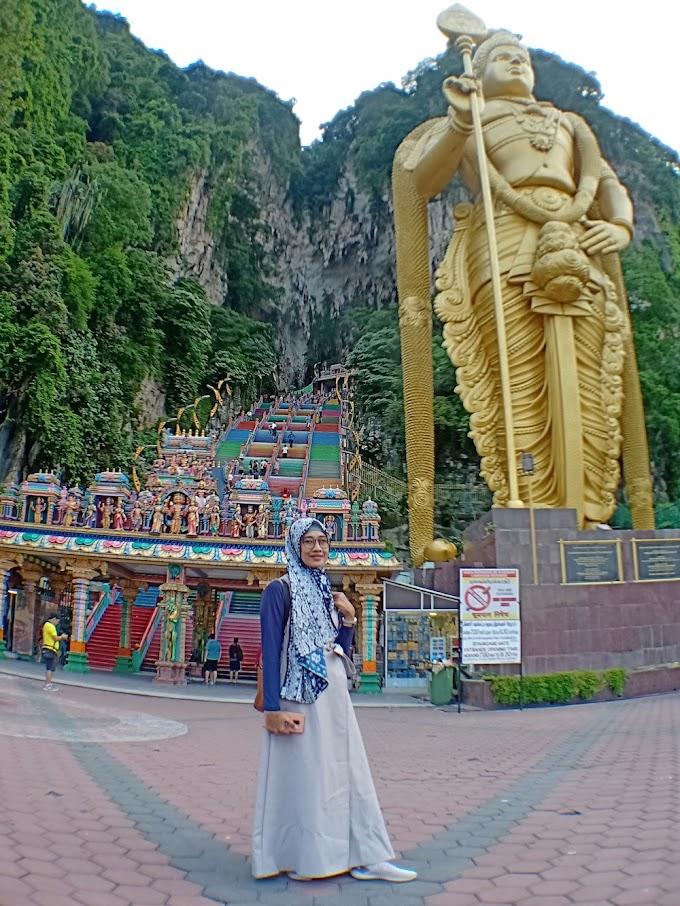 Batu Caves Gabungan Wisata Alam dan Religi di Malaysia