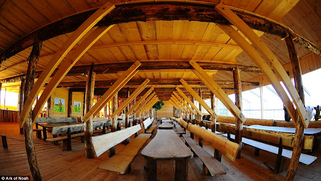 Replika Bahtera Nabi Nuh Sedia Belayar Ke Brazil