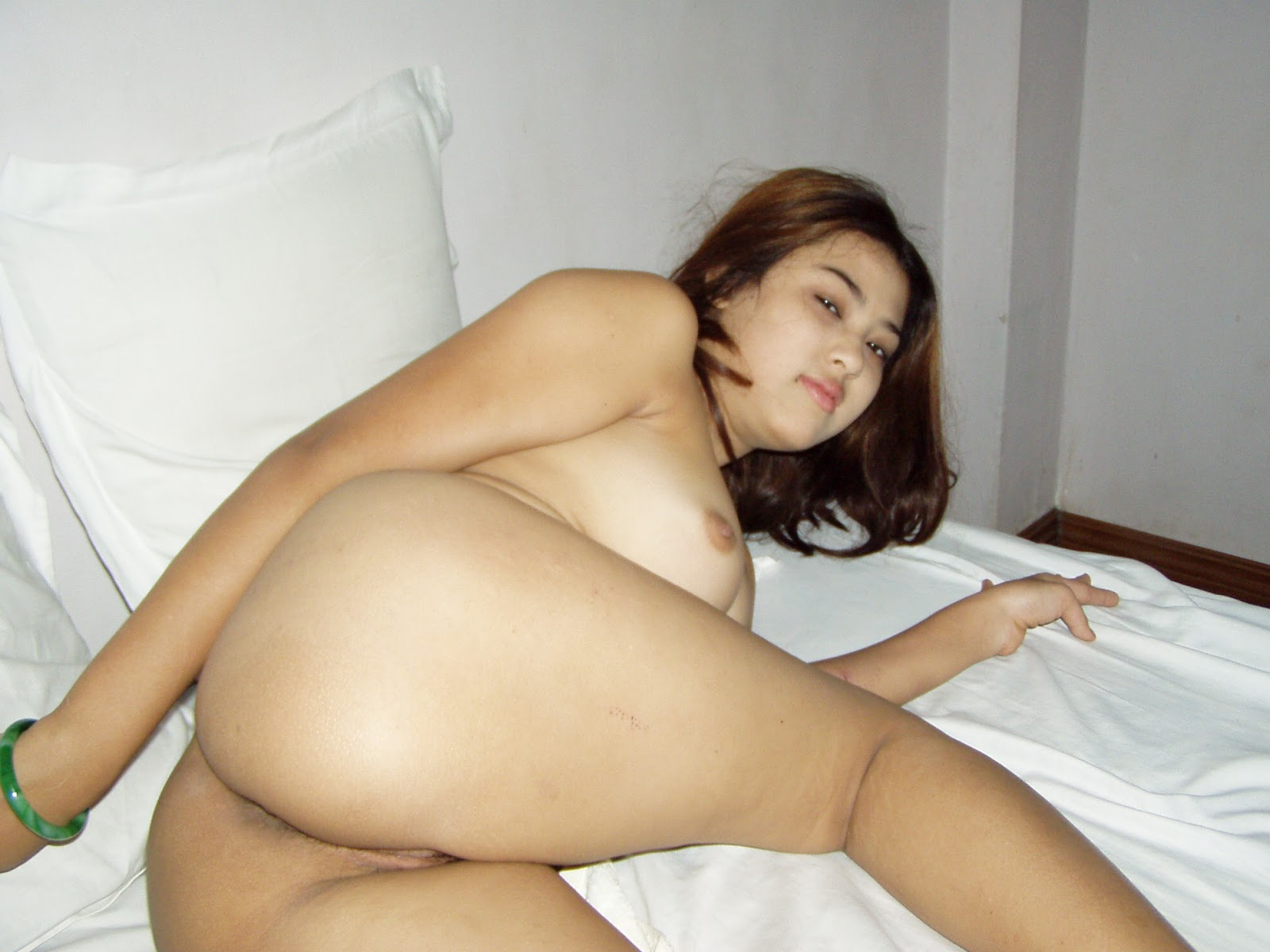 Myanmar Sexy Girl Photo