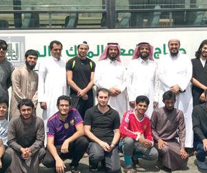 جامعة الملك خالد تطلق حملة حج 25 طالبا من طلاب المنح، بالشراكة مع مؤسسة عايض بن دعجم الخيرية